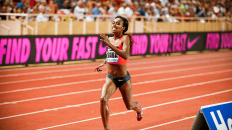 Dibaba sets a new mark for 1500m