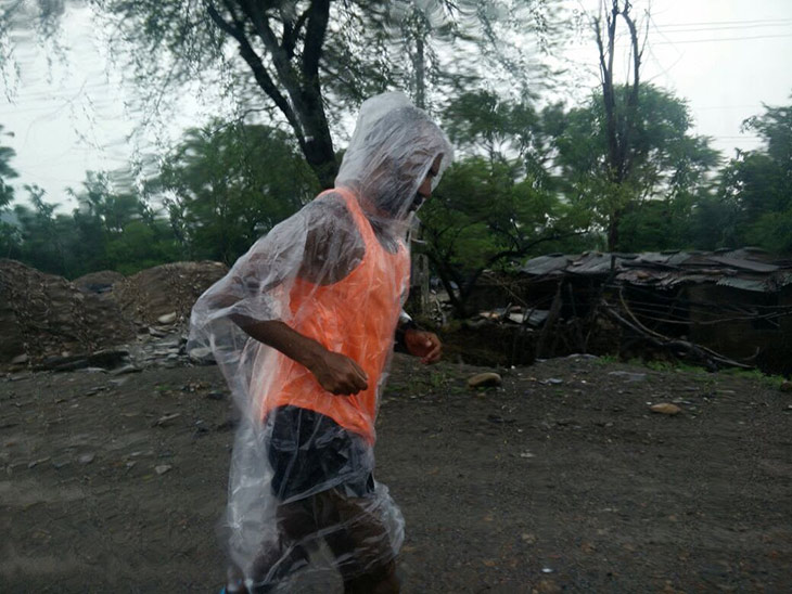 Rains greeted the runners in Gujarat